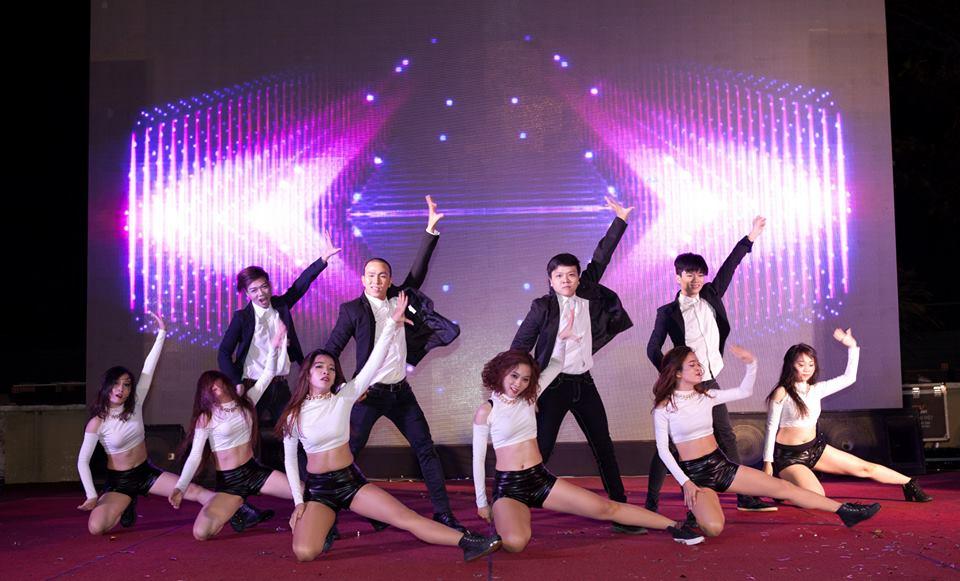 Dịch vụ cung cấp giáo viên dạy nhảy cho công ty trường học