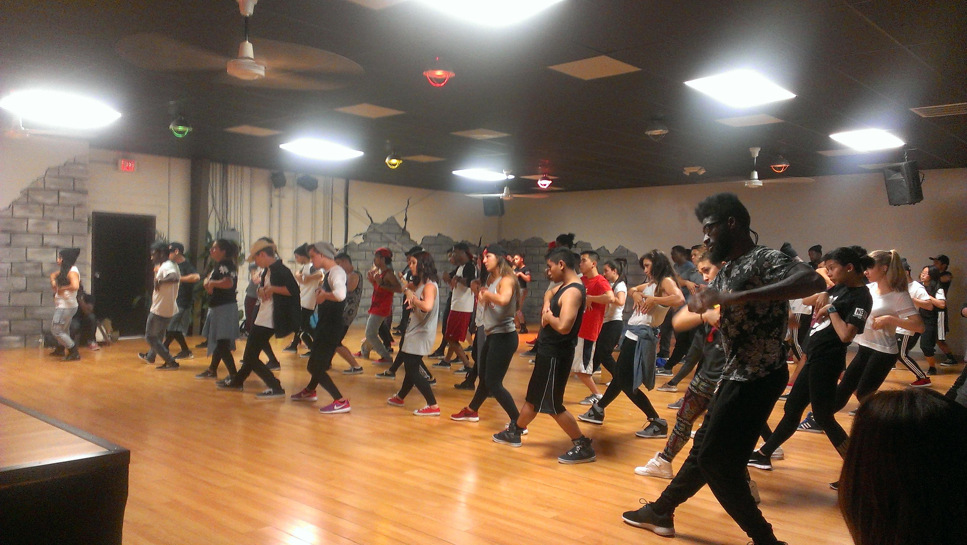 học nhảy giúp người tập luyện luôn cảm thấy trẻ trung, đầy sức sống