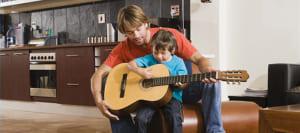 hoc dan guitar 2